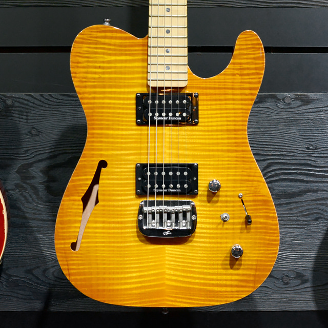 [중고] G&L ASAT Deluxe Semi Hollow Honeyburst 2012'