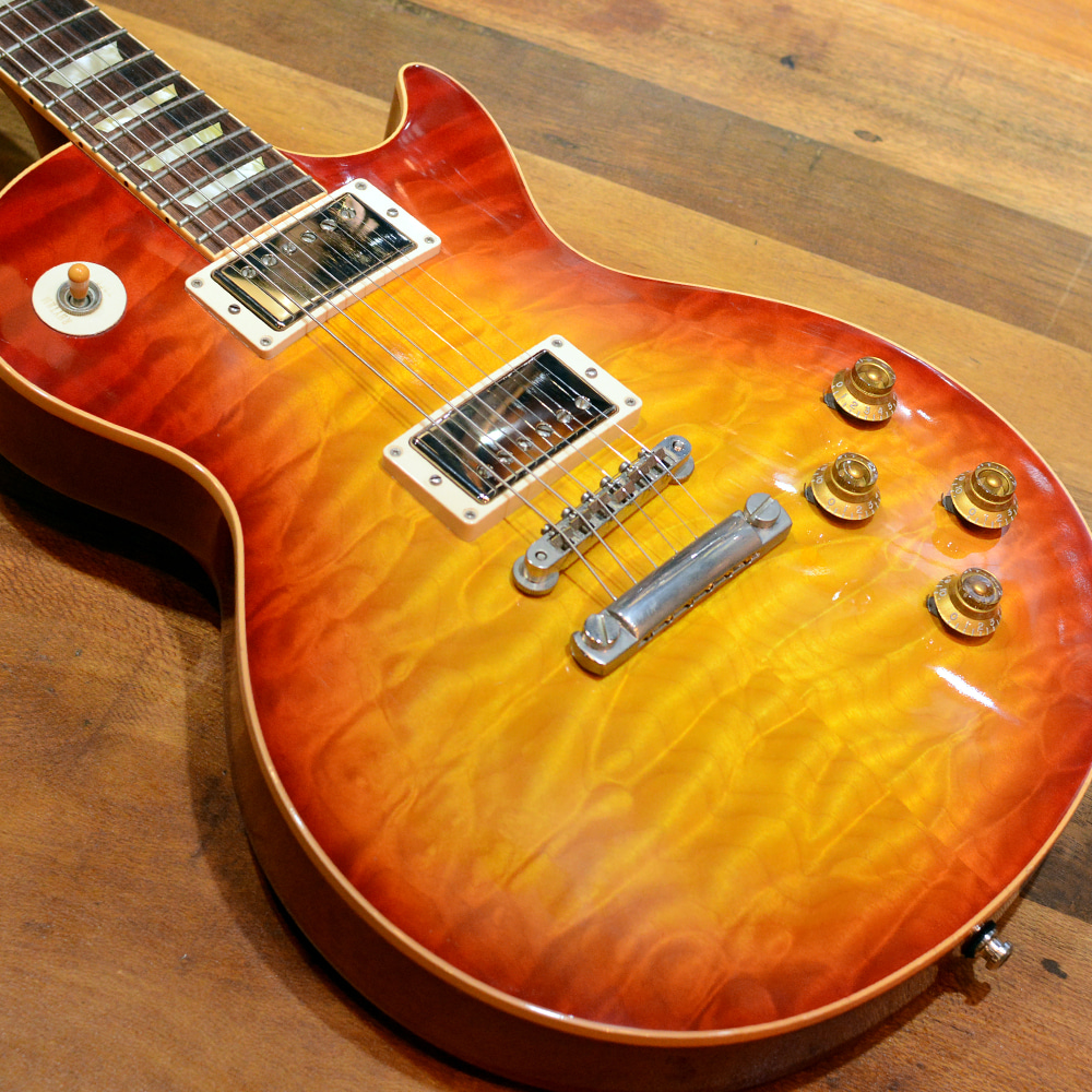 [중고] Gibson Custom Shop Historic 1959 Reissue Les Paul R9 Quilted Top 2006'