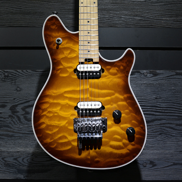 [중고] EVH USA Wolfgang Quilt-Top Tobacco Sunburst