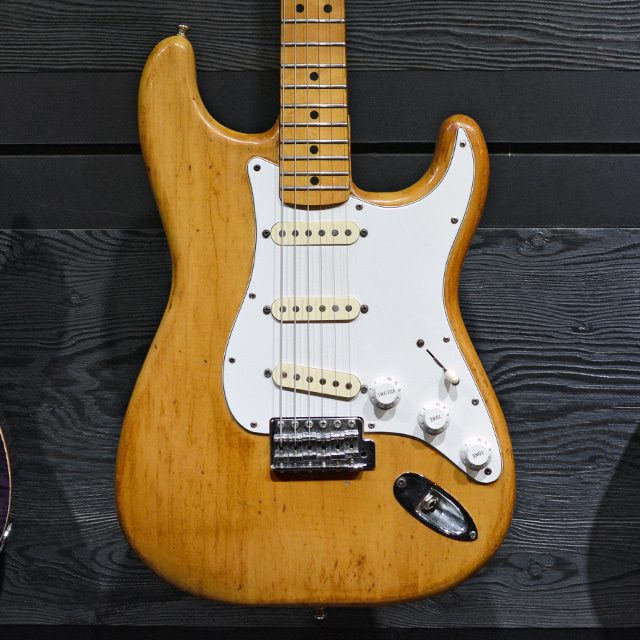 [중고] Fender USA Original Stratocaster NAT 1975'