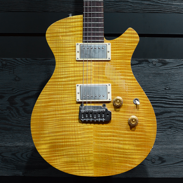 [중고] Kalavinka Guitar - Custom LP